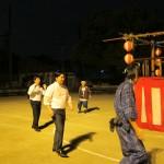 新道小学校盆踊り02
